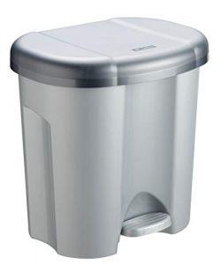 Plaste-Mülleimer