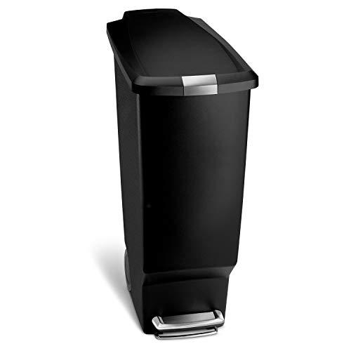simplehuman 40 Liter, schmaler Treteimer, schwarzer Kunststoff, Plastik, 49 x 26 x 64 cm